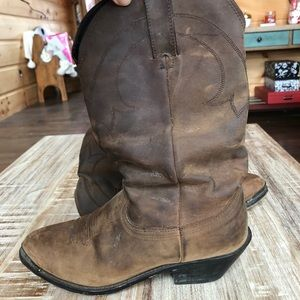 Shoes - GORGEOUS Distressed Genuine Leather Cowgirl Boots